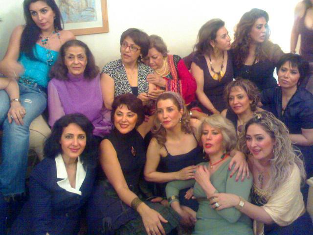دانلود آهنگ جدید آسرا موزیک و اتومبیل جدید رنو در بازار ایران عکس